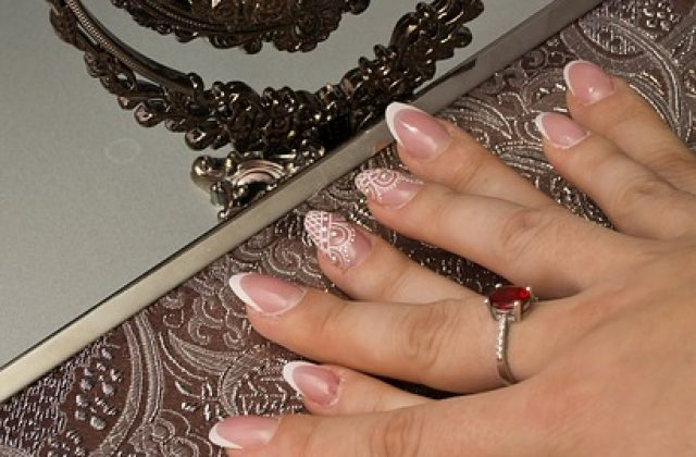 Mobile Manicures Growing In Popularity
